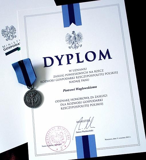 Dyplom i odznaka